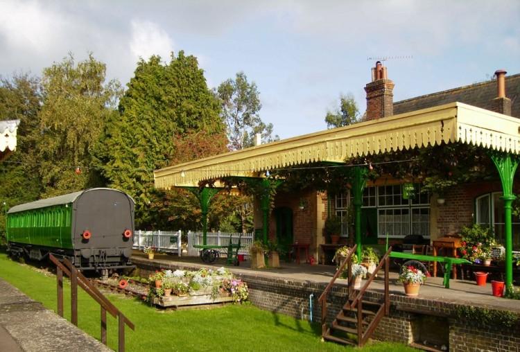 Horsebridge Station