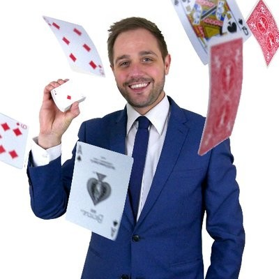 Tim Lichfield | Magician & Entertainer