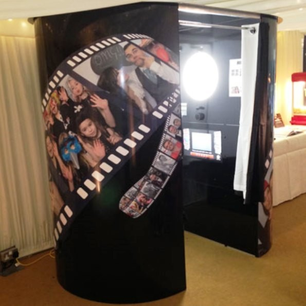 Kiss Photo Booths