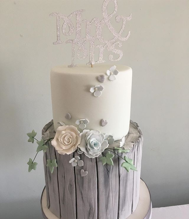 Cakes By Louise
