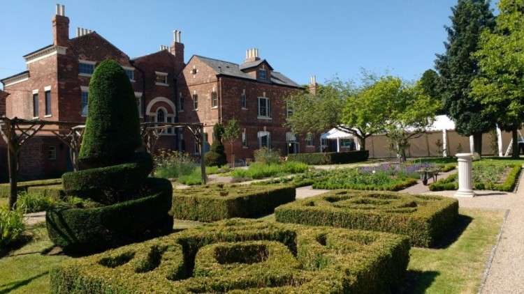 Lightwoods House and Park