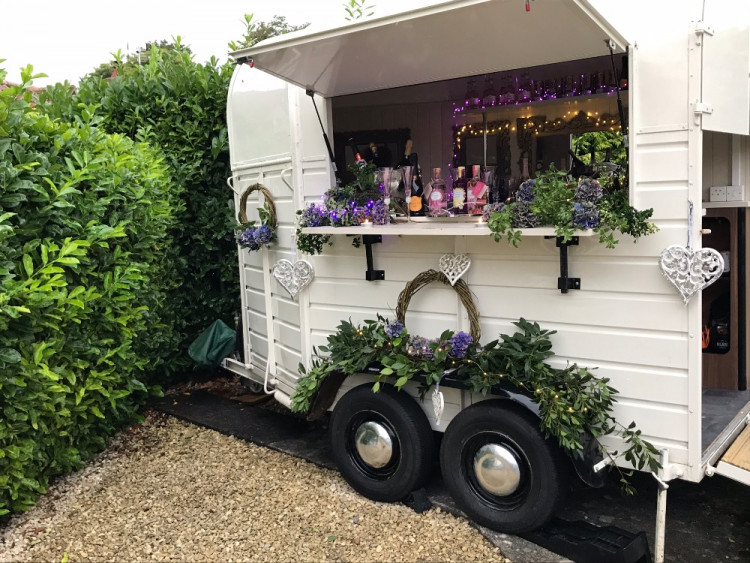 The Lovely Bubbly Horsebox Company