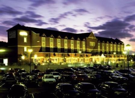 Village Hotel - Cardiff