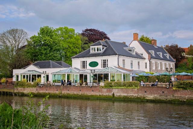 Waveney House hotel - Wedding Fair Venue, Suffolk