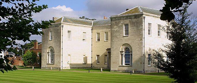 Hitchin Priory
